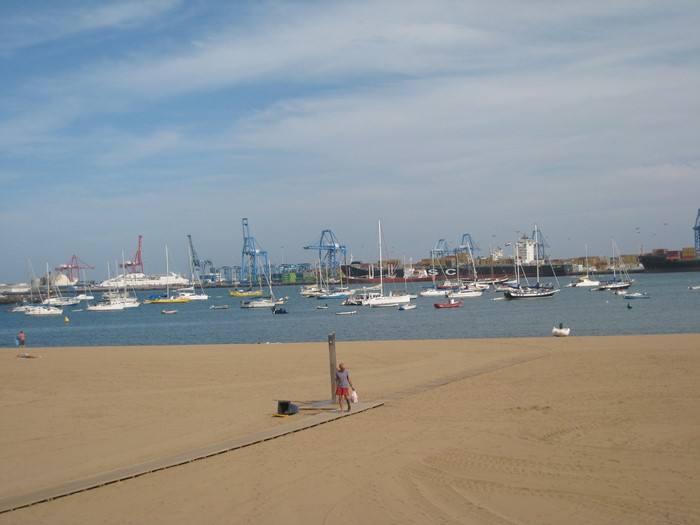 The Anchorage at Las Palmas de Gran Canaria to be Closed for the Summer