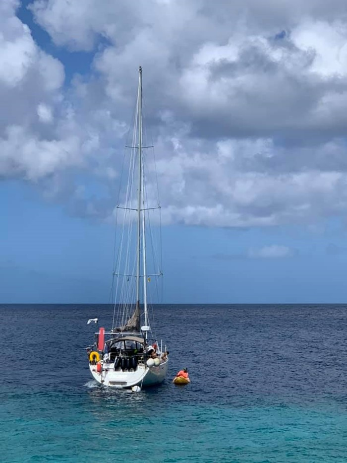 s/y Escape West offers gratitude to Victor Langerwerf
