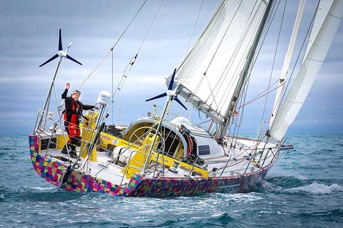 The OCC Seamanship Award goes to Lisa Blair